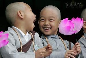 Đạo Phật Đem Lại Hạnh Phúc Ngay Nơi Cuộc Đời Này