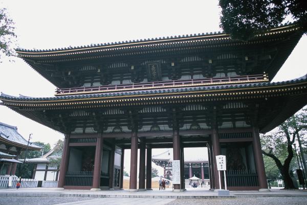 cong_tam_quan_chua_nhat_ban__53_
