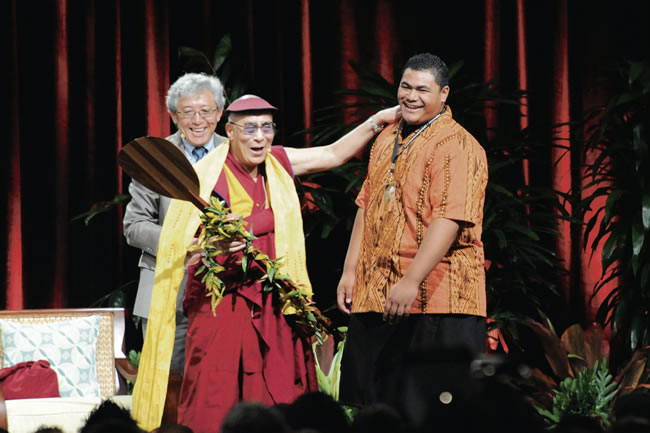 H1_Tenzin Dorjee_Dalai Lama_a student in Hawaii